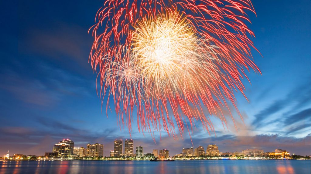 uly 4th on Flagler Fireworks on Intracoastal 2014 - flpalmbeach.com Martin Group