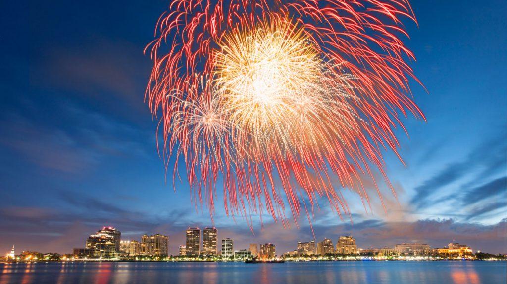 uly 4th on Flagler Fireworks on Intracoastal 2014 - flpalmbeach.com Martin Group
